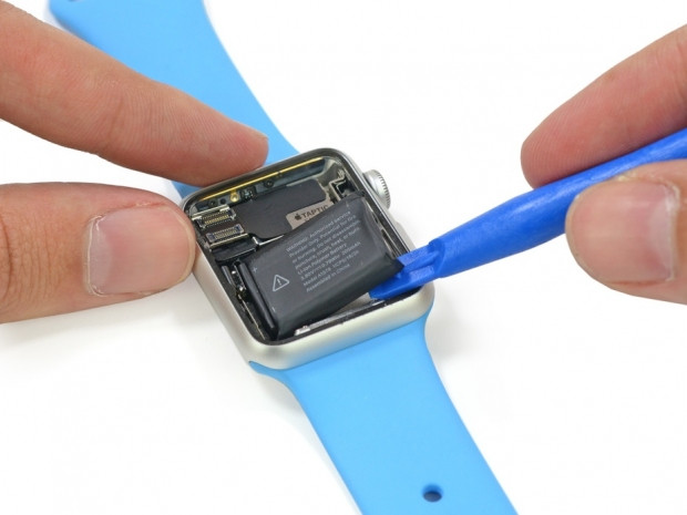 iFixit'in yeni kurbanı Apple Watch! - Page 3