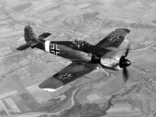 II. Dünya Savaşı'nın Acımasız Savaş Uçakları - Page 4