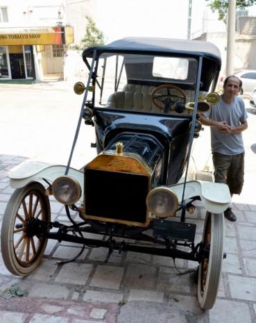 İki dünya savaşı gören 1915 model Ford T - Page 1