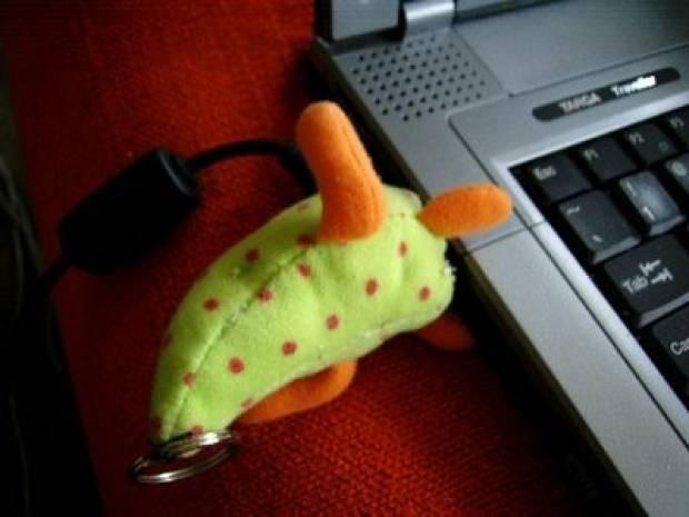 İlginç Tasarımlı USB Bellekler! - Page 1