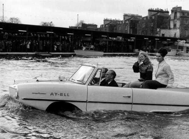 İlk yüzen otomobil 1960'lar da yapılmış! - Page 1