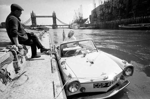 İlk yüzen otomobil 1960'lar da yapılmış! - Page 2
