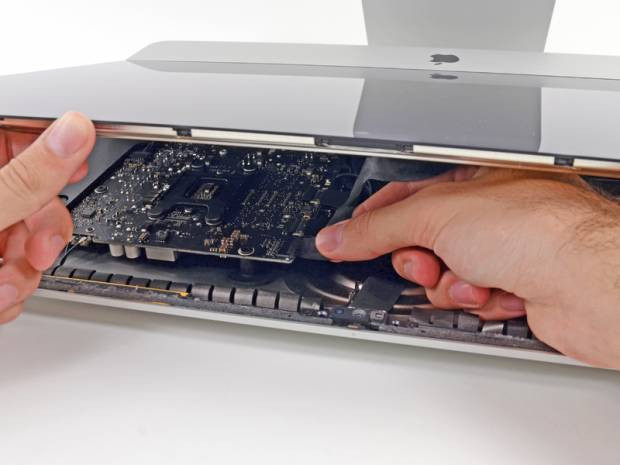 iMac  parçalarına ayrıldı - Page 2