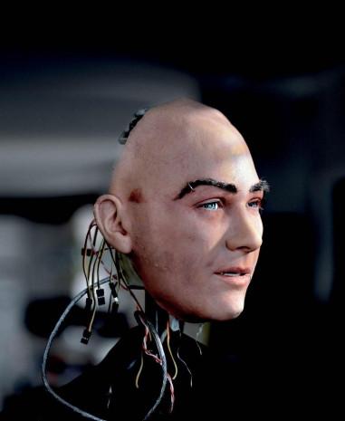 İnsanlara çok benzeyen 8 robot - Page 1