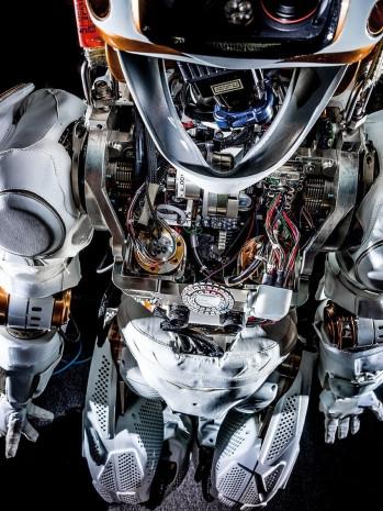 İnsanlara çok benzeyen 8 robot - Page 4