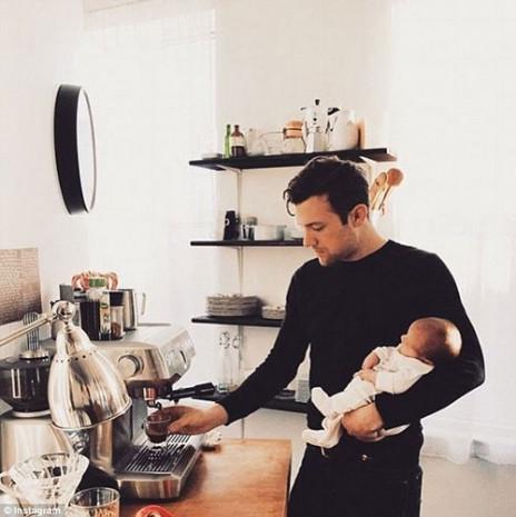 Instagram'ın yeni fenomeni: Kahve içen erkekler - Page 2