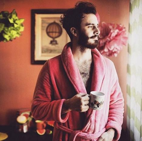 Instagram'ın yeni fenomeni: Kahve içen erkekler - Page 4