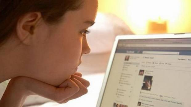 İnternette çocuk istismarına dikkat! - Page 2