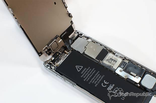 iPhone 5'in iç haznesini merak ediyor musunuz? - Page 1