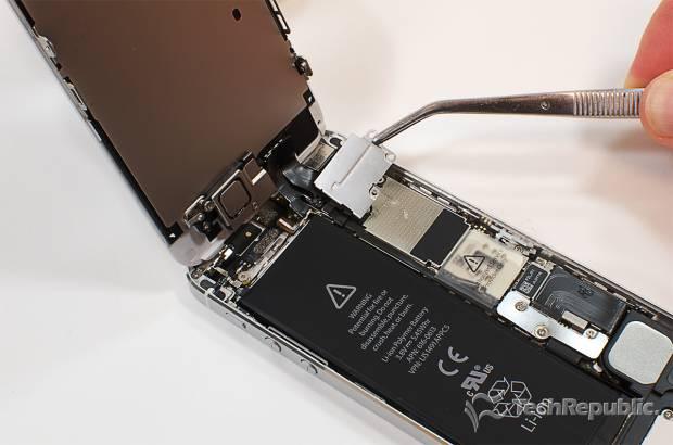 iPhone 5'in iç haznesini merak ediyor musunuz? - Page 4