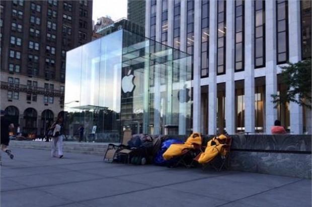 iPhone 6 kuyrukları oluşmaya başladı! - Page 1