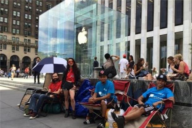 iPhone 6 kuyrukları oluşmaya başladı! - Page 3