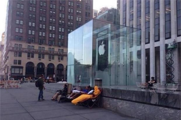 iPhone 6 kuyrukları oluşmaya başladı! - Page 4