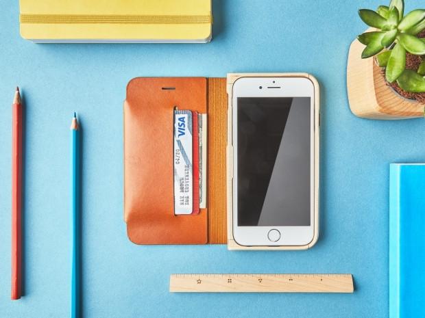 iPhone 7 için el yapımı ahşap ve deri kılıflar - Page 1