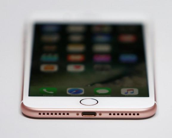 iPhone 7'nin yeniliklerini Apple'dan önce yapanlar - Page 3