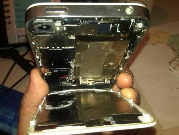 iPhone kendi kendine yandı! - Page 4