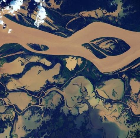 ISS'den nefes kesen uzay fotoğrafları - Page 1