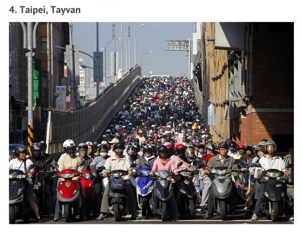 İstanbul trafiği mi? Beterin beteri var - Page 3