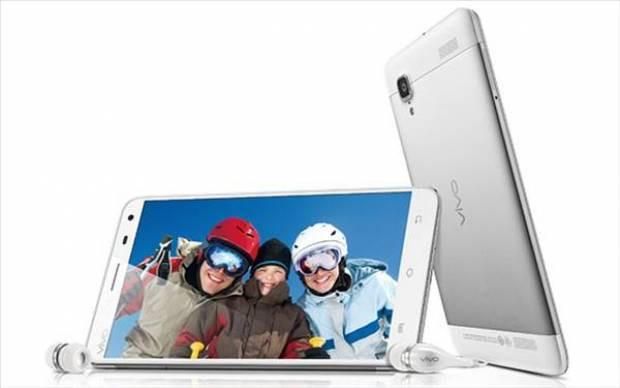 İşte 13MP Sony kameralı phablet: Vivo Play - Page 1