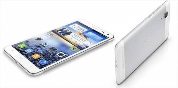 İşte 13MP Sony kameralı phablet: Vivo Play - Page 3