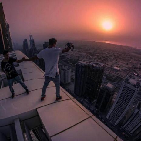 İşte adrenalinin dibe vurduğu birbirinden tehlikeli o fotoğraflar - Page 2
