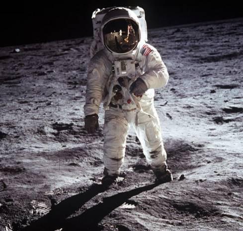 İşte Ay'daki fotoğrafın sırrı! - Page 2