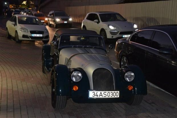 İşte Cem Yılmaz'ın son gözdesi! Mercedes, 850 bin TL - Page 4