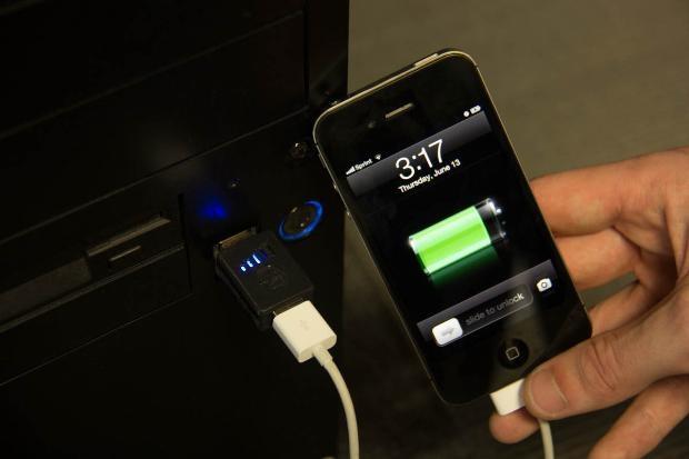 """İşte dünün cep telefonuyla """"akıllı"""" telefonlar arasındaki farklar - Page 1"""