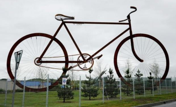 İşte dünyanın en büyük bisikleti - Page 2