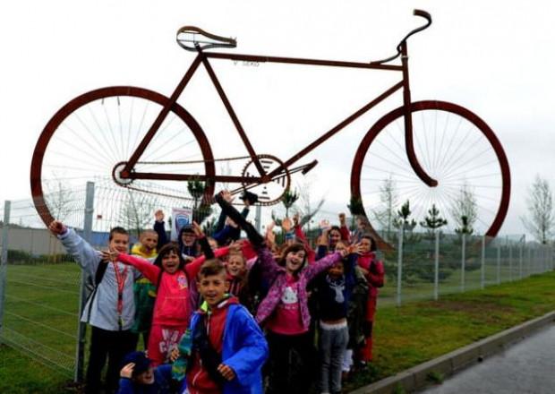 İşte dünyanın en büyük bisikleti - Page 3