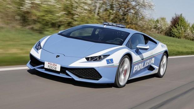 İşte dünyanın en hızlı polis otomobilleri - Page 4