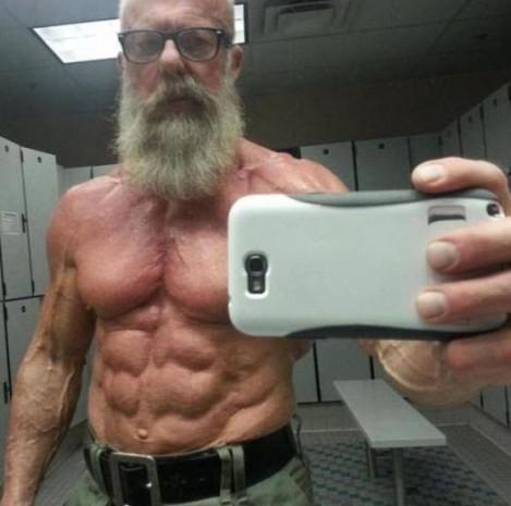 İşte dünyanın en tuhaf selfie fotoğrafları - Page 1