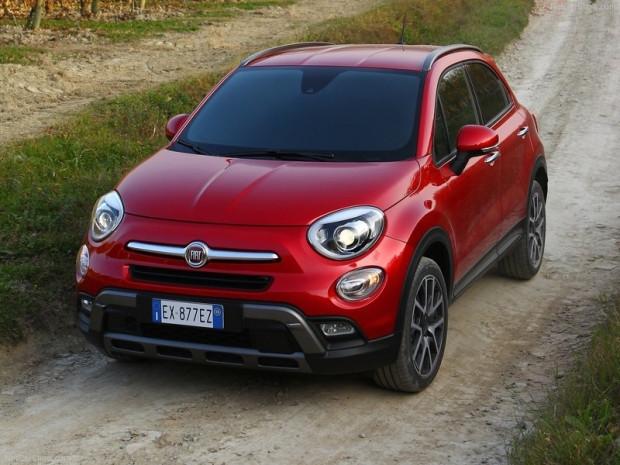 İşte geleceğin otomobili Fiat 500X - Page 1