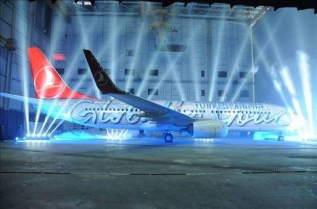Bu uçaklar gökyüzünü renklendiriyor - Page 2
