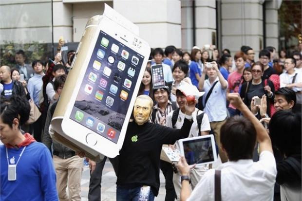 İşte metrelerce uzayan iPhone 6 kuyrukları! - Page 2