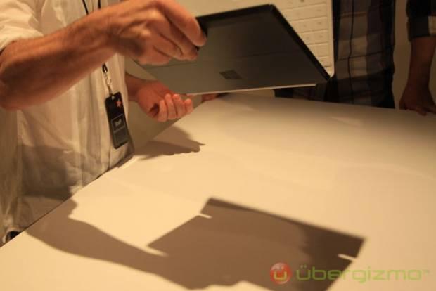 İşte Microsoft'un iPad'e rakip tableti Surface! - Page 4