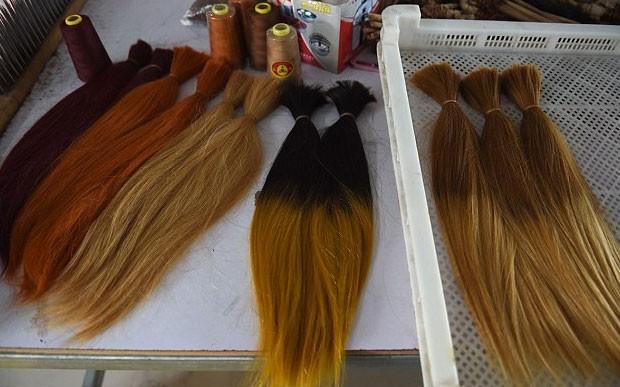 İşte peruk yapımı - Page 1