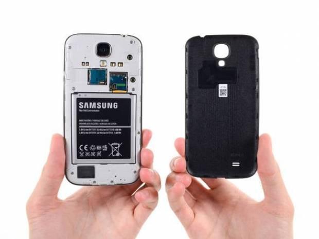 İşte Samsung Galaxy S4 parçalarına ayrılmış hali! - Page 1