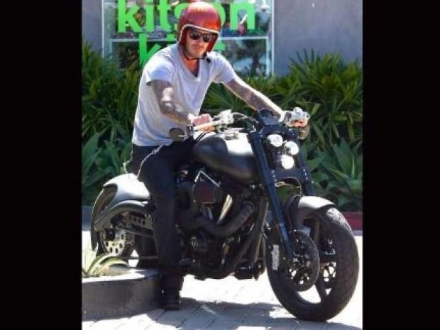 İşte ünlülerin motosikletleri! - Page 2