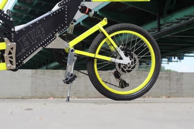 İster 3 ister 4 tekerlikli bisiklet EV4 E- - Page 3