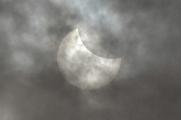 İşteTürkiye ve dünyadan güneş tutulması görüntüleri - Page 1