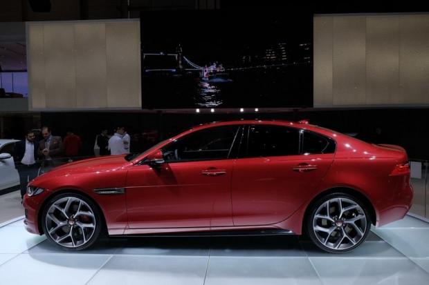 Jaguar XE modelinin başlangıç fiyatı belli oldu! - Page 3