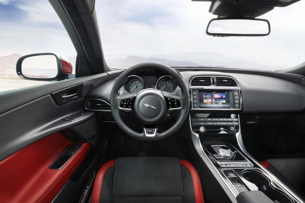 Jaguar XE modelinin başlangıç fiyatı belli oldu! - Page 4
