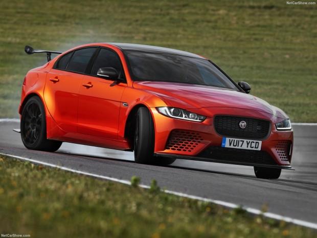 Jaguar XE SV Projesi 8 2018 - Page 4
