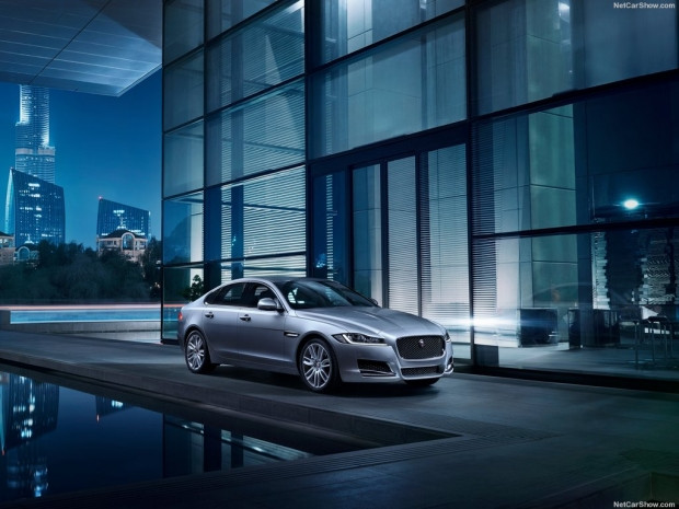 Jaguar XF 2016 konseptini sergiledi - Page 2
