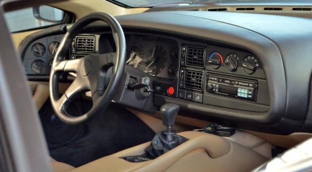Jaguar'ın en sevilmeyen aracı xj220 - Page 2