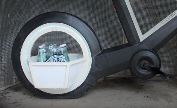 Jantlarıyla dikkat çeken fütüristik bisiklet Cyclotron Tron - Page 2