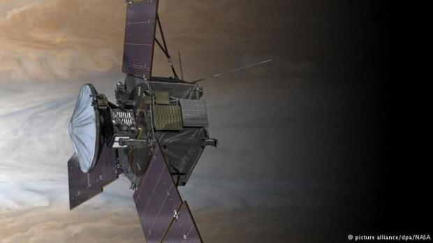 Jüpiter'den ilk görüntü dünyaya ulaştı - Page 3