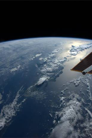 Kanadalı Astronot'tan gelen son görüntüler! - Page 2