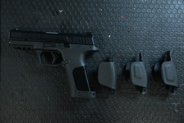 Karadeniz'den boyutu ayarlanabilen tabanca - Page 4